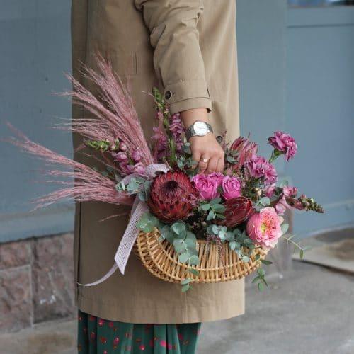 купить корзину цветов в Бресте