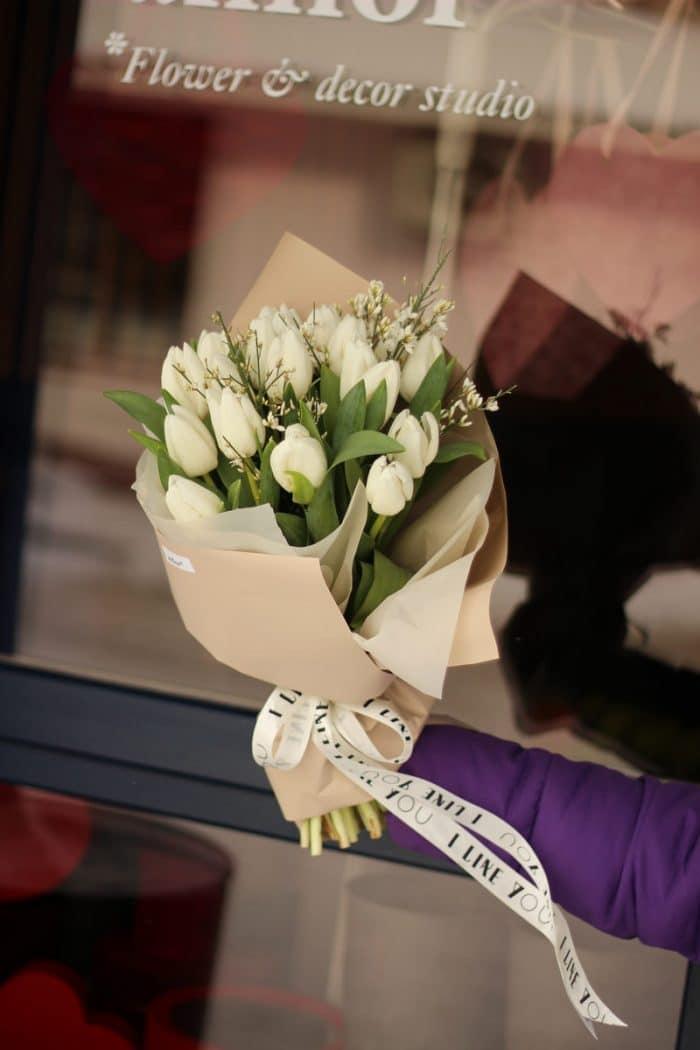 Букет свежих тюльпанов купить в Бресте